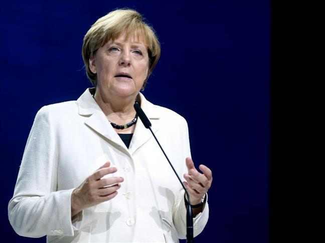"""ألمانيا تعيد تطبيق """" اتفاقية دبلن """" في التعامل مع اللاجئين السوريين"""