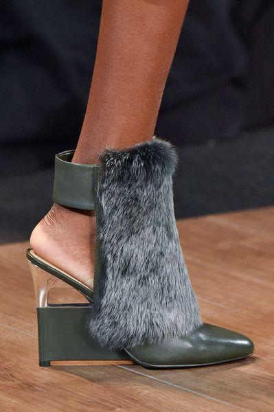تشكيلة احذية مميزة