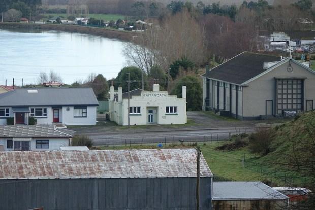 انتقل للعيش في بلدة صغيرة في نيوزيلندا واحصل على بيت ومزرعة مجاناً