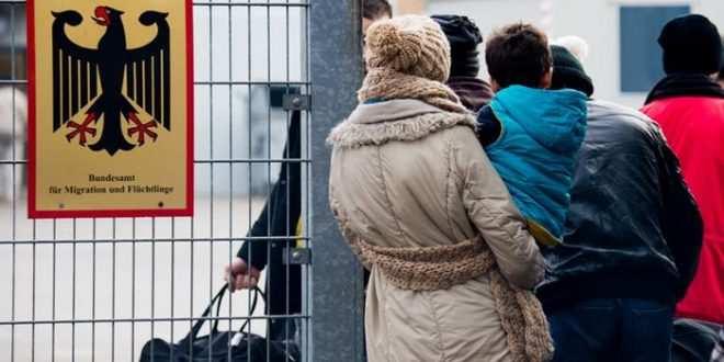 رقم مهول لعدد طلبات اللجوء