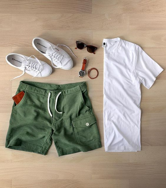تنسيق ملابس الصيف للرجال