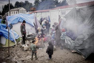 فرنسا سوف تعطي لاجئين سوريين تأشيرات لدخول أراضيها