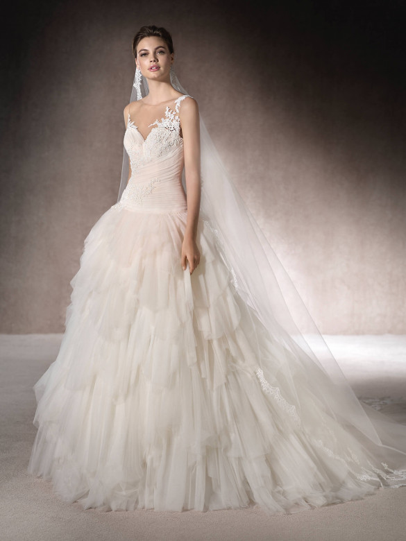 أجمل فساتين زفاف