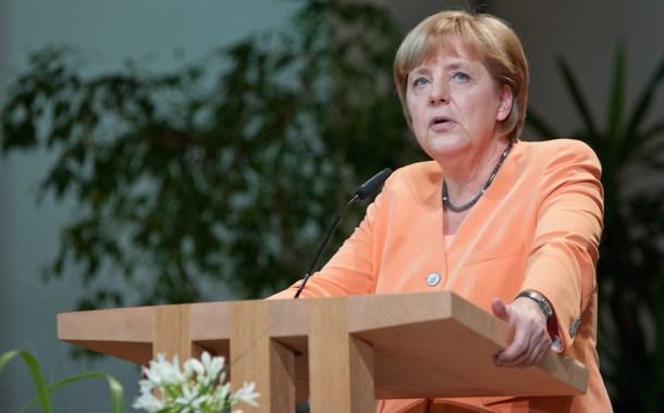 ألمانيا: قرار غريب بحق اللاجئين السوريين الراغبين بالعودة لسورية
