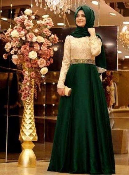 تنسيق الفستان باللون الأخضر للمحجبات