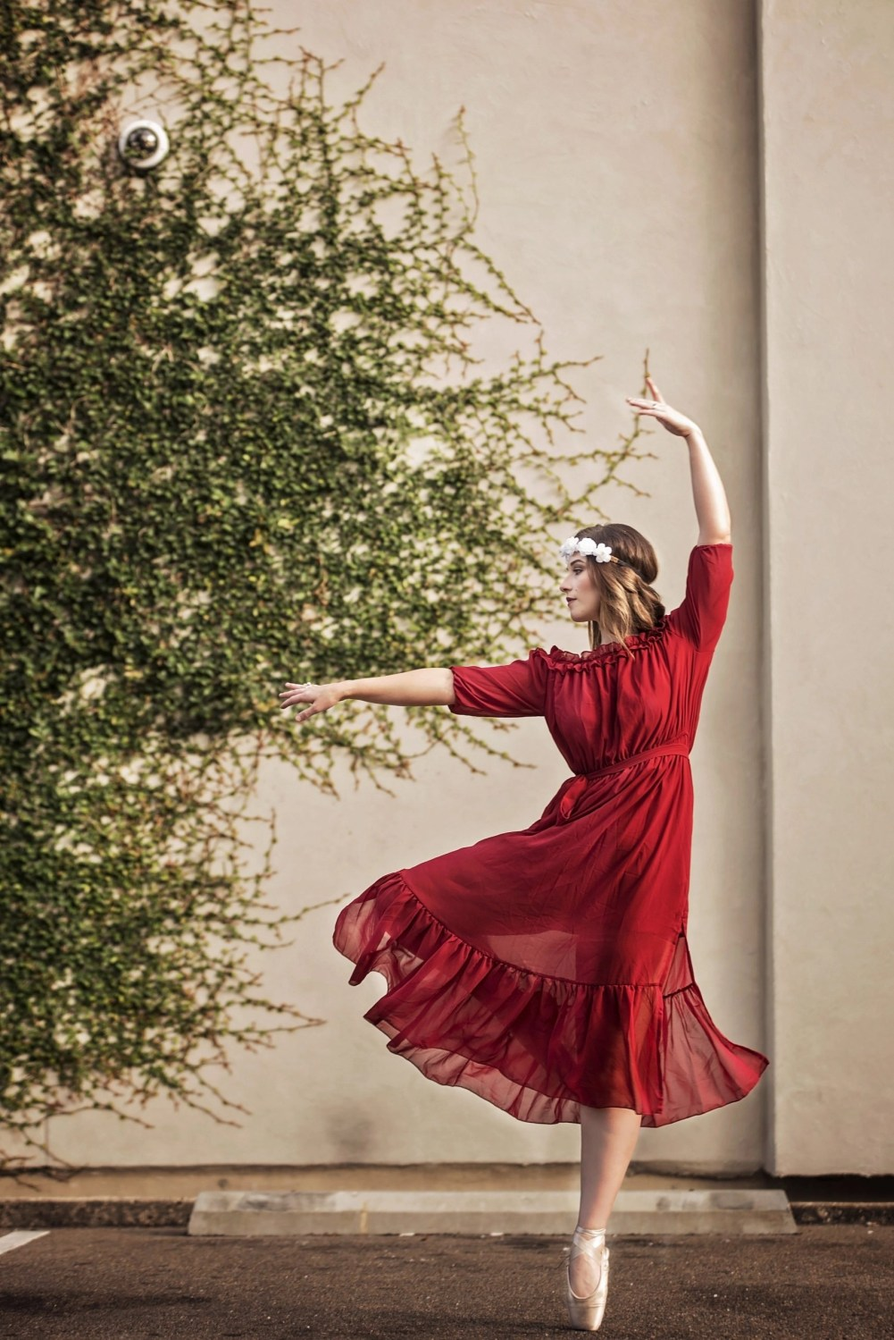 senior portrait of ballerina in red dress