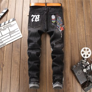 autumn and winter new washed and worn embroidered tiger skull badge men's slim feet stretch jeans