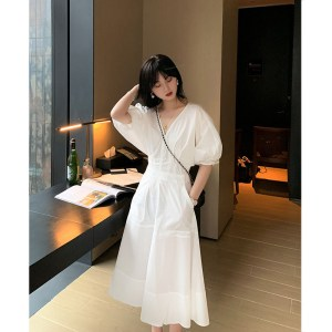 Monet oil painting dress female spring and summer new Korean version of the temperament French waist waist high white dress