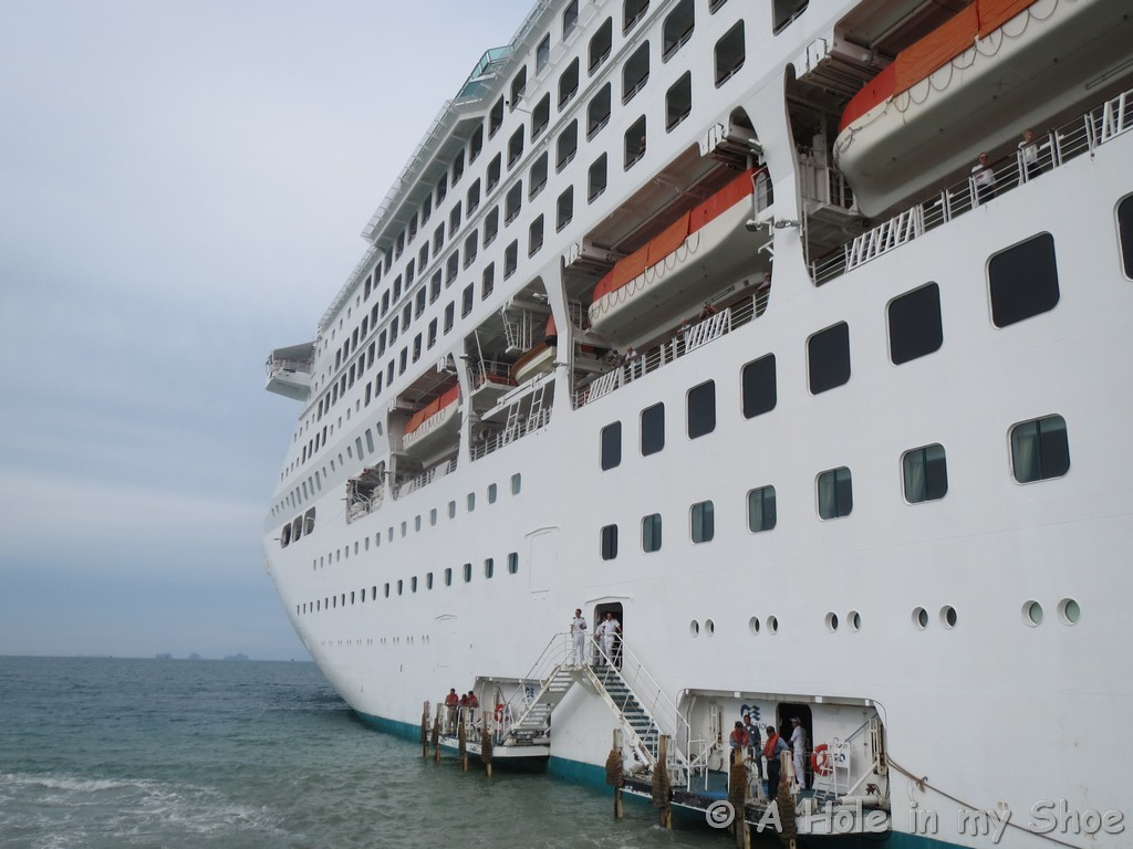 So Youve Booked A Cruise Now What - How much do cruise ships make