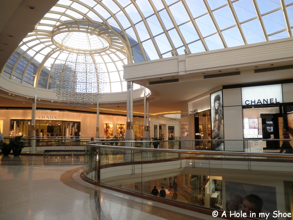 how to get to westfield chadstone from melbourne cbd
