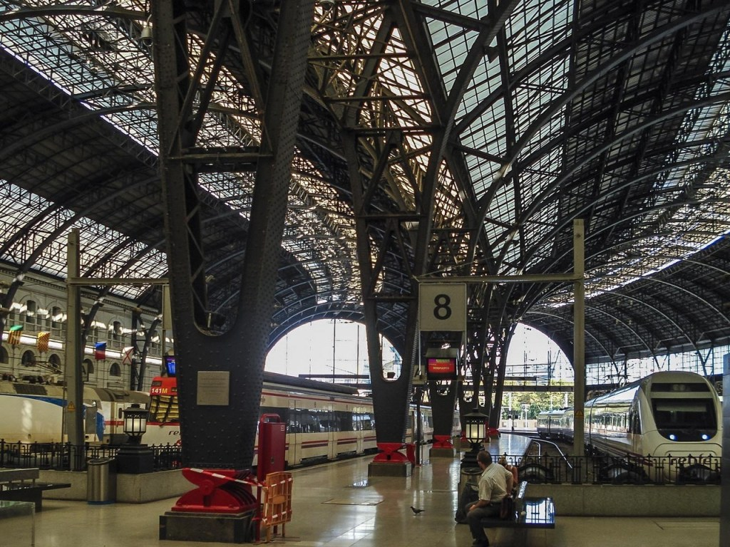 How many of us slow down and look at some of the features that make train stations so amazing? I asked some bloggers which one they found amazing and why?