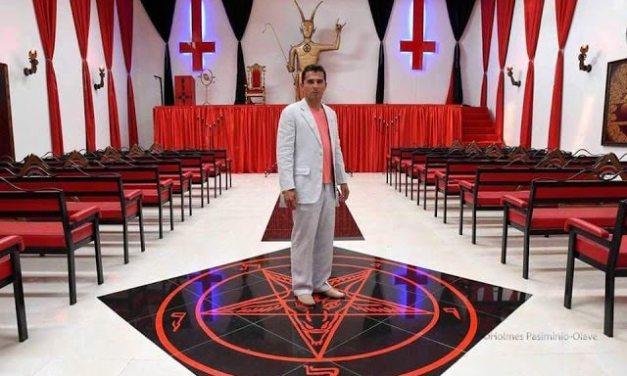 Conheça o Templo do diabo na Colômbia