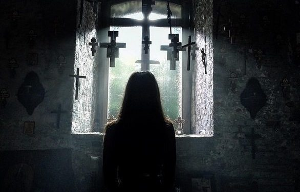 Crítica: A Crucificação – Demônios São Reais (2017)