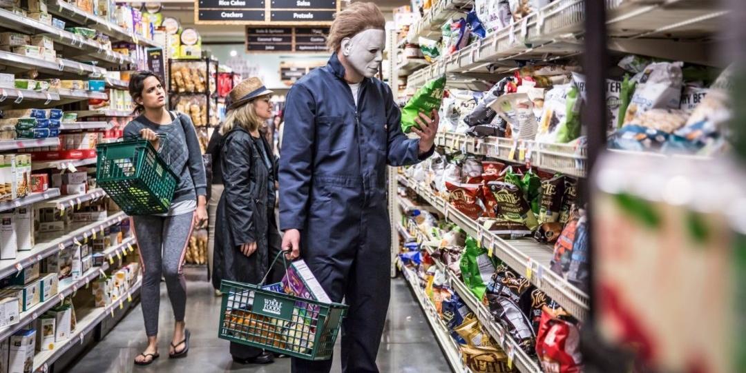 Ensaio fotográfico mostra personagens de terror em situações diárias