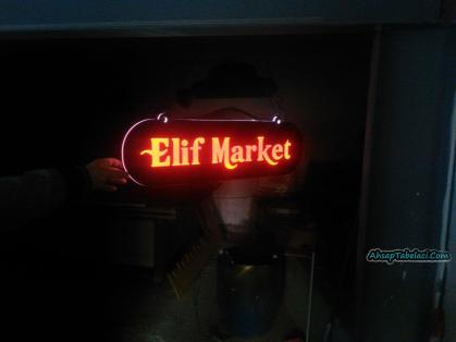 ışıklı market tabelası