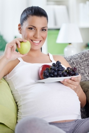 Panduan Makanan untuk Ibu Hamil Muda