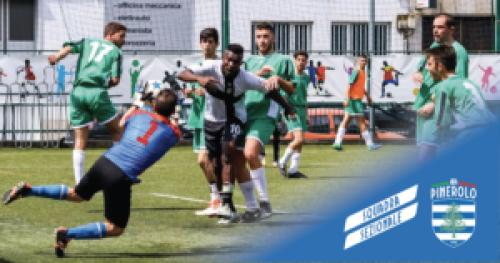 La squadra sezionale in azione al Torneo di Milano contro AIA Parma