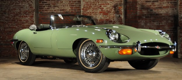 Jaguar XK-E Roadster
