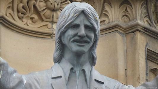 Hard Days Night Hotel - statue of Ringo