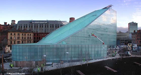 Urbis Manchester nearing completion 24.01.2002