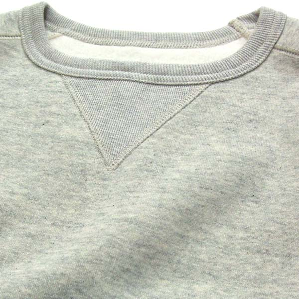 スエットシャツ 貼り付け式Vガゼット