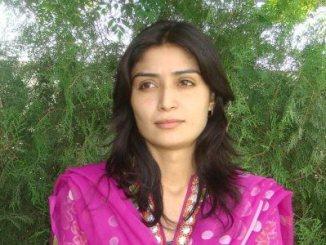 Shama Zulfiqar aik Rozan writer