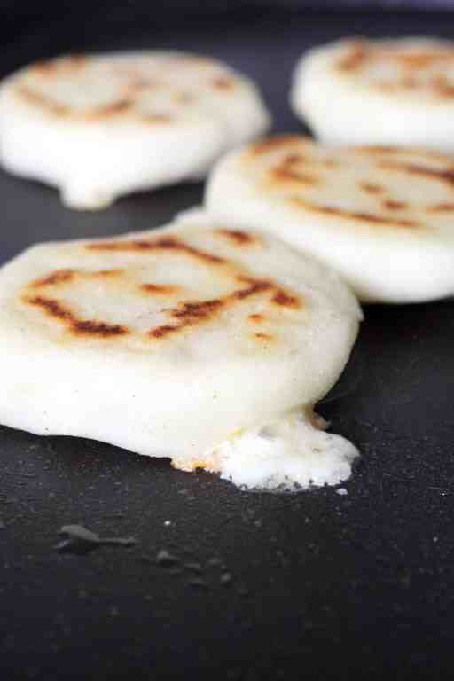 How To Make Arepas Gluten Free No Yeast Bread Ai Made It For You