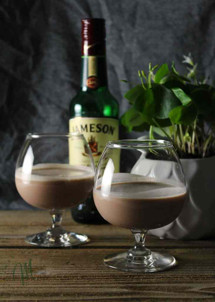 Butter Pecan Irish Cream is what happens when Southern meets Irish. Sip this decadent dessert drink on St. Patrick's Day or when you crave a sweet drink   via aimeemars.com   #ButterPecan #IrishCream #StPatricksDay #DessertDrink