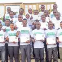 Internet et développement communautaire AIMES AFRIQUE initie ses 10 villages aux TICs