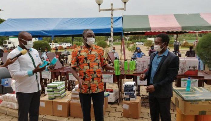 Riposte contre le coronavirus : AIMES-AFRIQUE lance une grande opération de distribution d'équipement de protection dans près de 700 villages au Togo