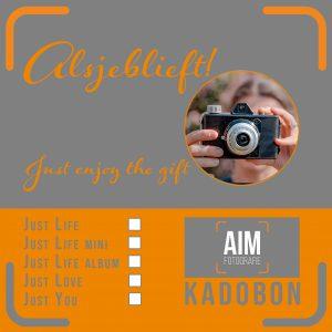 aim-thuisreportage-justlife-momentdesign-aimfoto-aimfotografie-portretfotograaf-reportage-portret-fotograaf-laren-deventer-lochem-adaritzer-aimfoto-gezin-photoshop-herinnering-liefde-gewooneendag-thuis-reportage-kadobon-tegoedbon-kado-moederdag