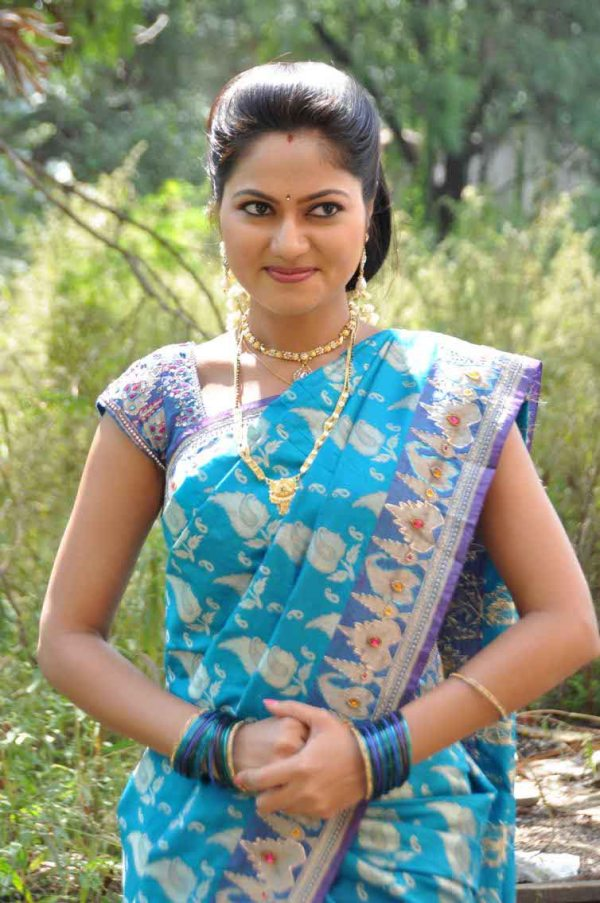 Serial Actress Suhasini Biography - Age, Height, Serials ...