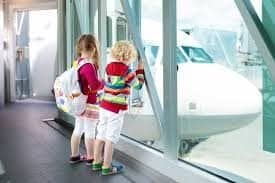 7 tips for flying with kids and babies