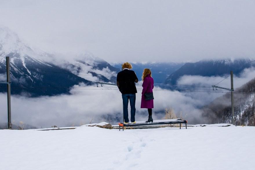 Elurrez inguratuak (Surrounded by snow)