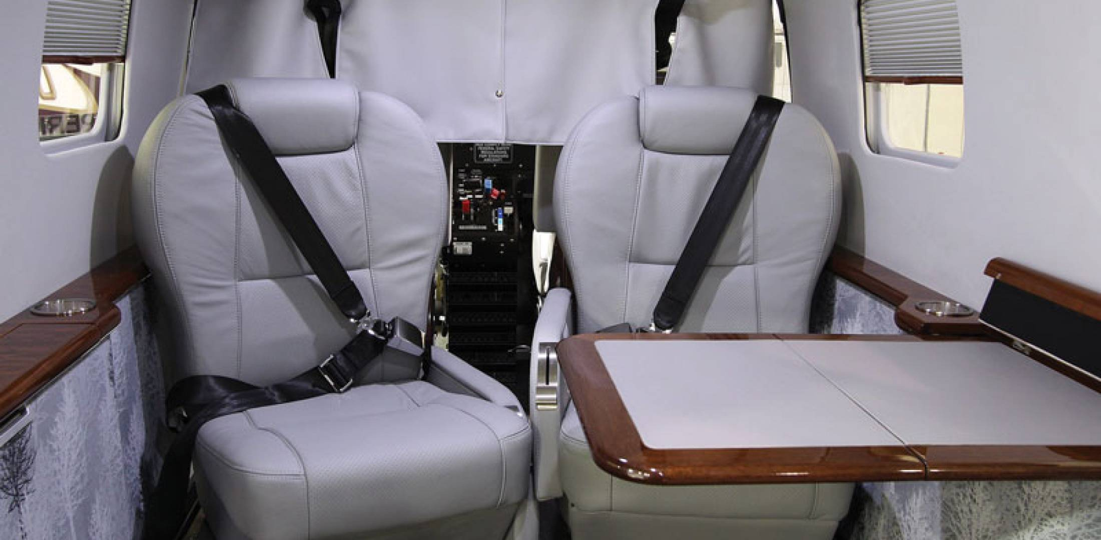 Quest Plans Executive Interior for Utility Kodiak   Business     The Quest Kodiak utility turboprop has gone upscale  sporting an executive  interior installed by Wipaire  The company is seeking input on additional  custom