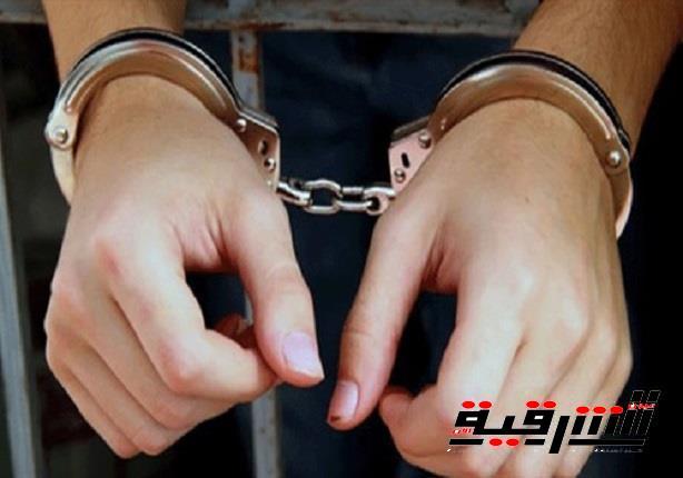 القبض علي المتهم بإصابة ضابط الجيش وسرقة سلاحه أثناء زيارته لمقابر أبوكبير