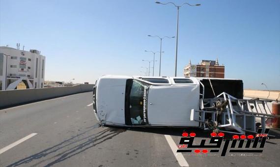 مصرع وإصابة ثلاثة من أسرة واحدة فى حادث تصادم