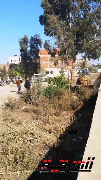 توسعة طريق محطة رفع الصرف الصحى بالدهتمون بأبوكبير