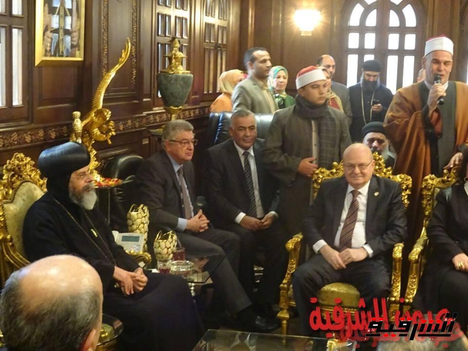 رئيس جامعة الزقازيق يهنئ الأقباط بعيد الميلاد المجيد