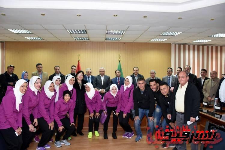 محافظ الشرقية يستقبل فريق هوكي آنسات الشرقية قبل سفره للمشاركة في البطولة الإفريقية في نيروبي