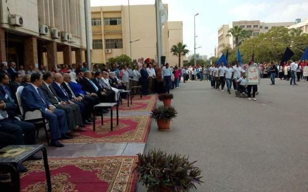 جامعة الزقازيق تبدأ العام الدراسي بتحية العلم والنشيد الوطني