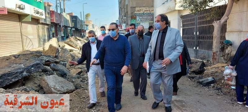 محافظ الشرقية يُوجه بسرعة الإنتهاء من أعمال الرصف والتطوير الجارية بشوارع مدينة منيا القمح