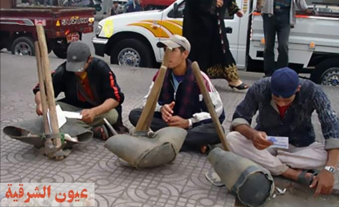 عمال اليومية يئنون..حكايات مأسوية في زمن الكورونا والطقس السيء