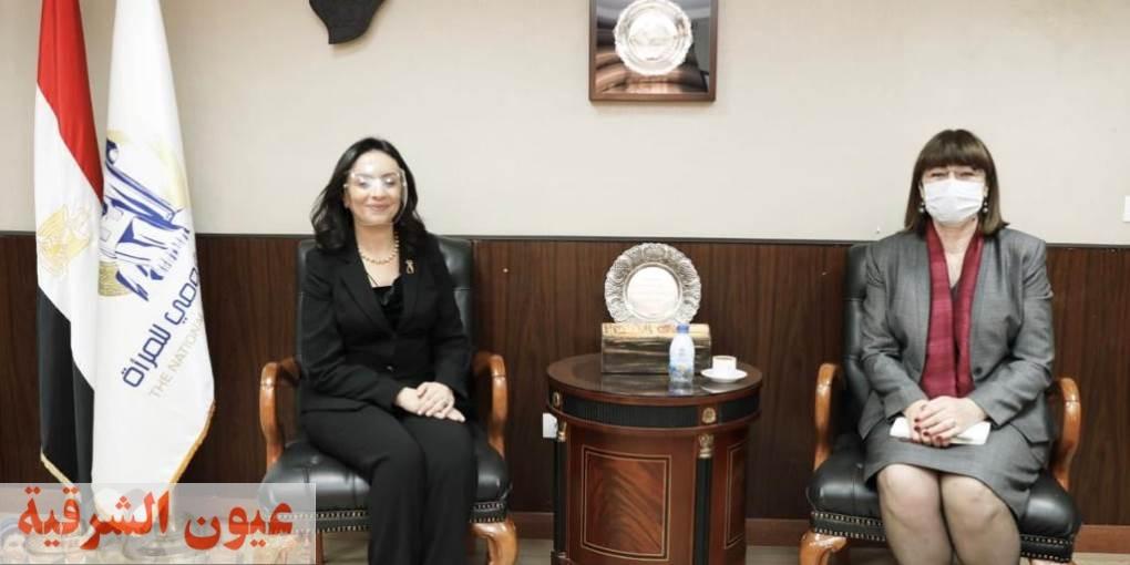 الدكتورة مايا مرسي رئيسة المجلس القومي للمرأة تستقبل المنسق المقيم للأمم المتحدة فى مصر