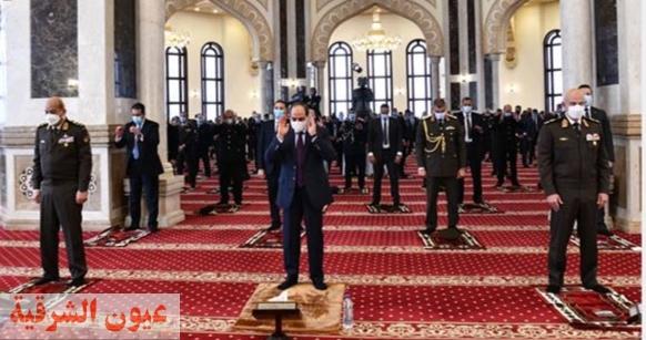 الرئيس عبد الفتاح السيسي يؤدي صلاة الجمعة بمسجد المشير طنطاوي