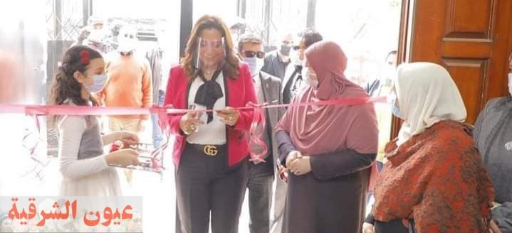 محافظ دمياط تفتتح المعرض الثالث لمبادرة ست الدار بمكتبة مصر العامة