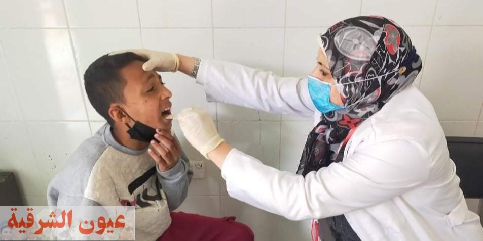 توقيع الكشف الطبي علي أكثر من ١٤٠٠ مريض بالقافلة الطبية العلاجية بقرية الدهتمون بأبو كبير