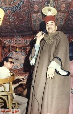 صوره على المسرح للفنان الجميل الشوبكي
