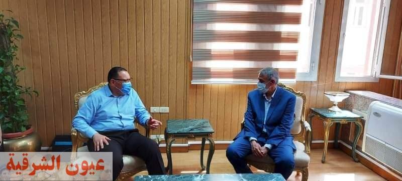 محافظ الشرقية يستقبل مدير منطقة الضرائب العقارية الجديد..ويطلع على خطة العمل خلال الفترة المقبلة