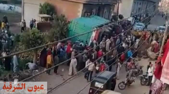 مصرع طفلتان من أسرة واحدة أسفل سيارة نقل ثقيل (مقطورة) بقرية الحبش